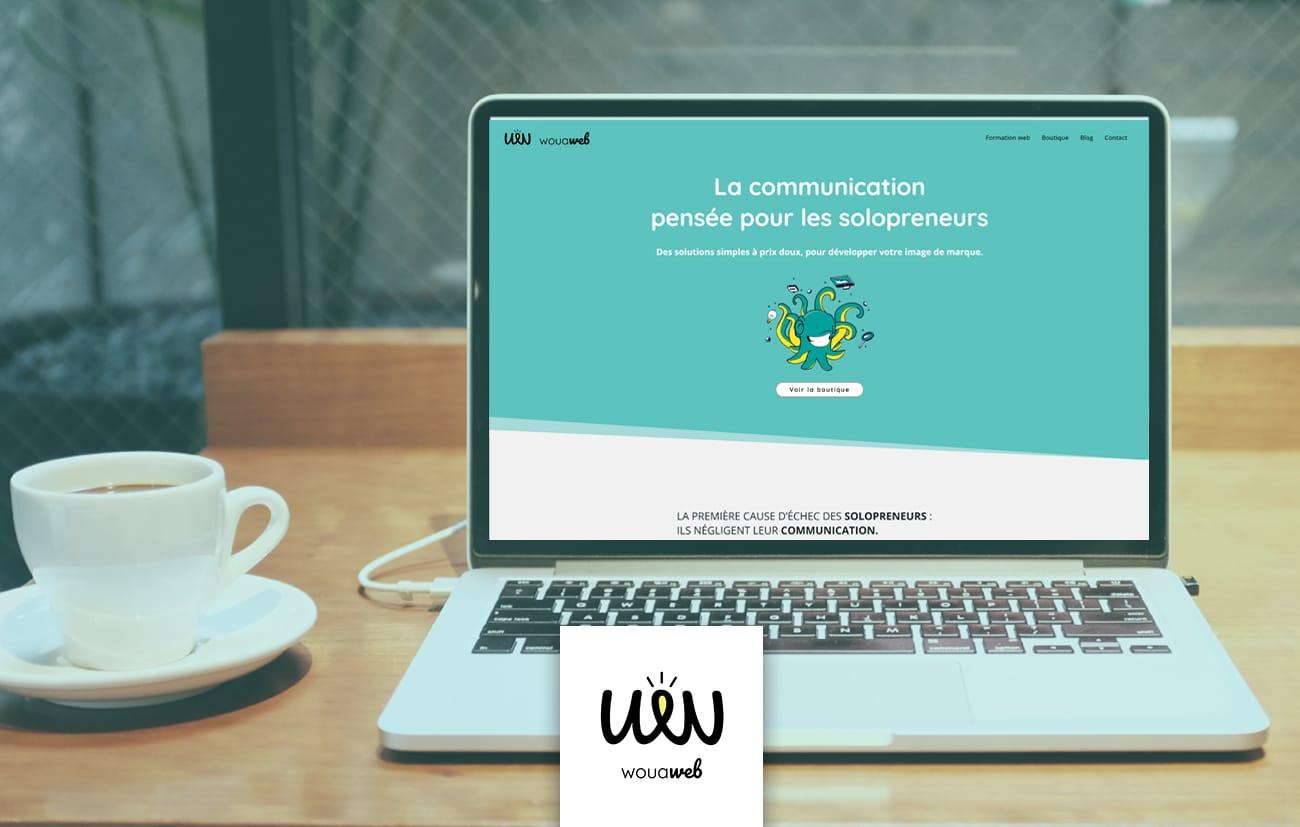 Présentation site internet avec mascotte de marque de WouaWeb
